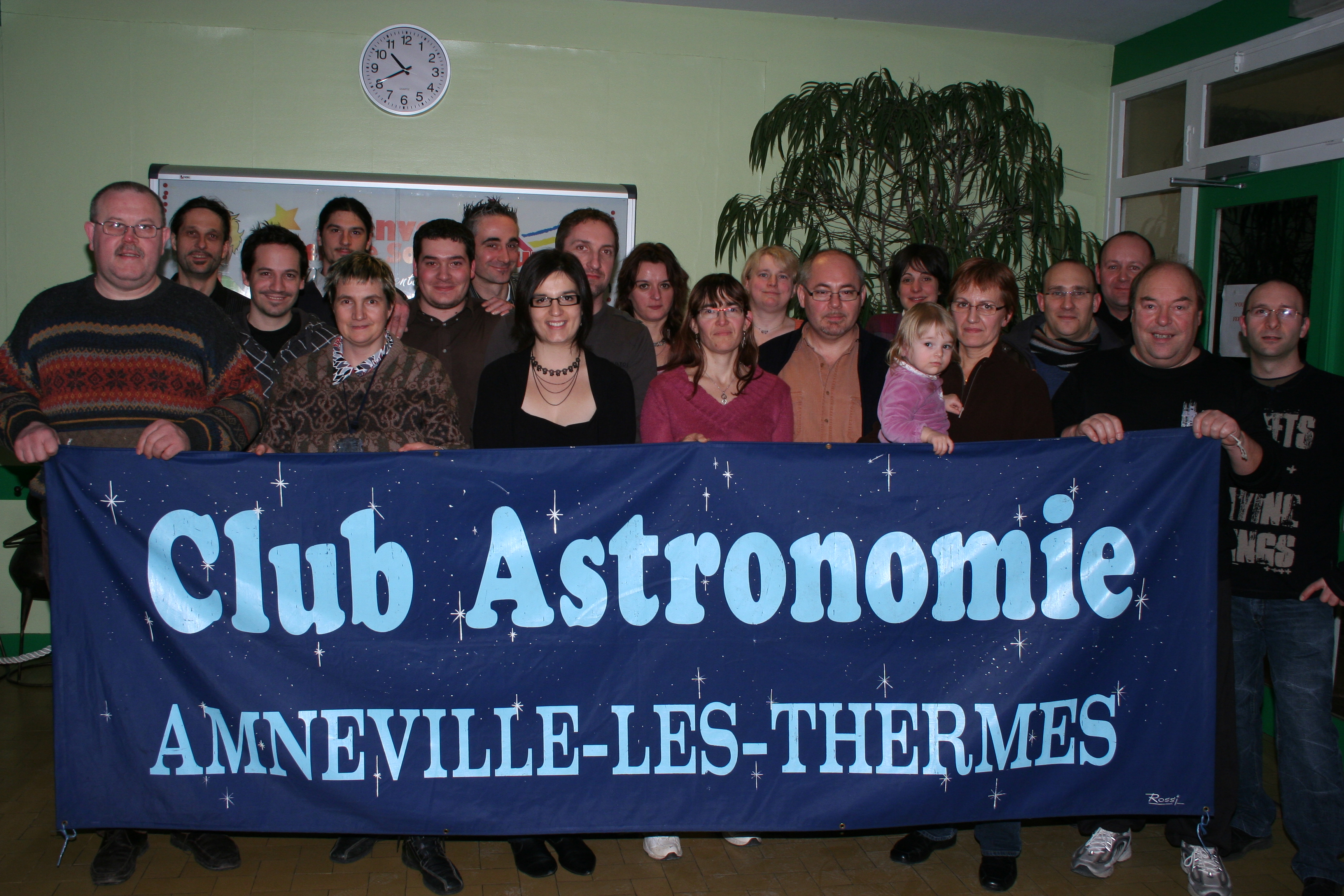 http://astronomie.files.wordpress.com/2007/07/2010-01-08-groupe-04.jpg